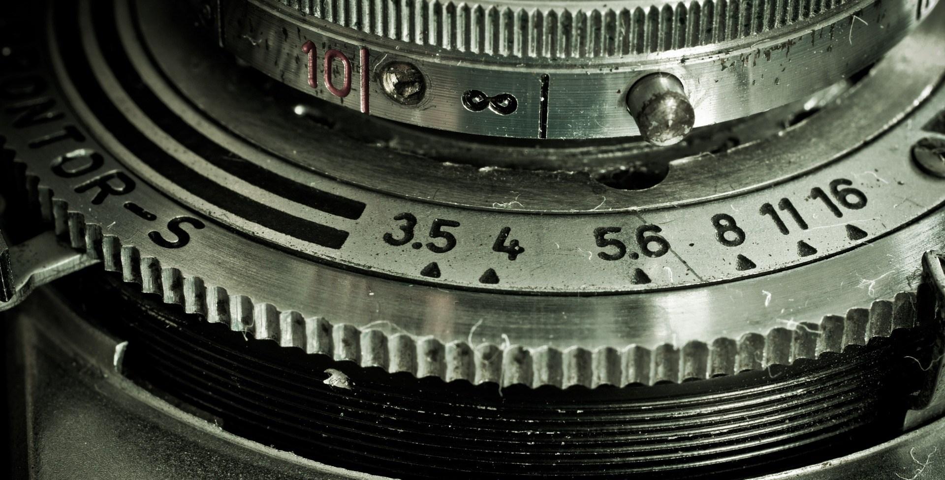 camera-1240219_1920